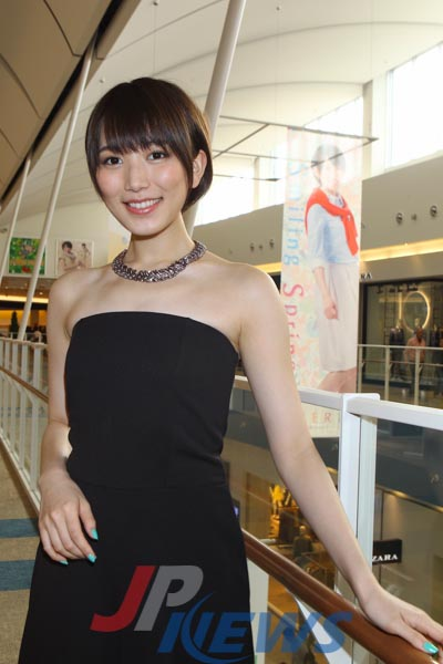 ファッションモデルの光宗薫さん